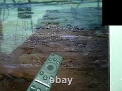 Samsung UE75TU8000KXXU 75 Inch 4K Ultra HD Smart TV HDR, HDR10+, HLG SmartThings