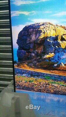 Samsung UE82NU8000 82 Inch Smart HDR 4K Ultra HD